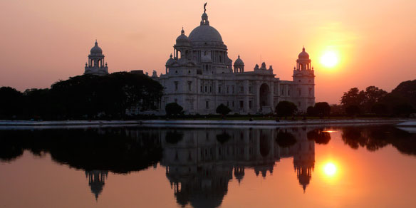 Victoria Memorial on a bright sunny morning, Kolkata, West Bengal, India